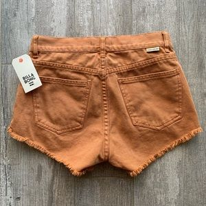 Billabong Shorts - 🔥🔥BILLABONG - HIGH RISE DENIM SHORTS🔥🔥